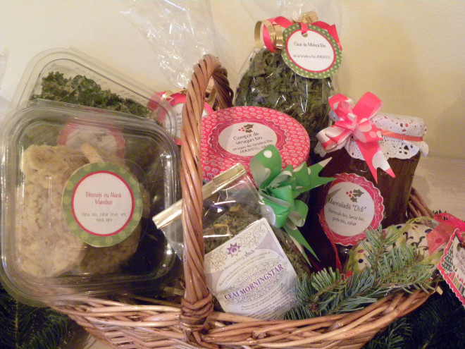 Christmas Gift Baskets with Natural Organic Products | AMURTEL ROMANIA